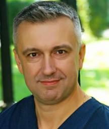 Матвіїв Василь Володимирович, керівник клініки UROSVIT, лікар вищої категорії.